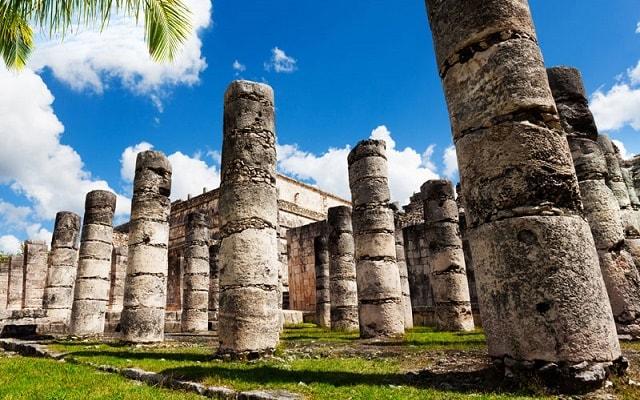 Tour a Chichén Itzá, Templo de las Mil Columnas