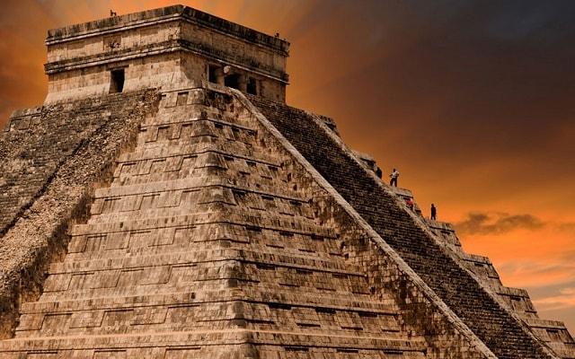 Tour a Chichén Itzá, Centro Cultural más importante de la Civilización Maya