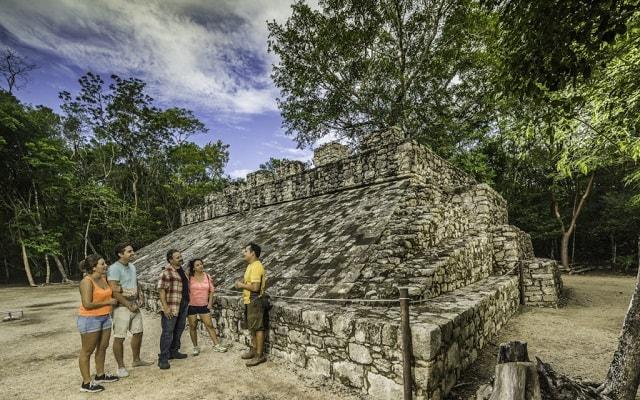 Tour a Cobá y Comunidad Maya con Actividades Extremas, tendrás guía arqueológico