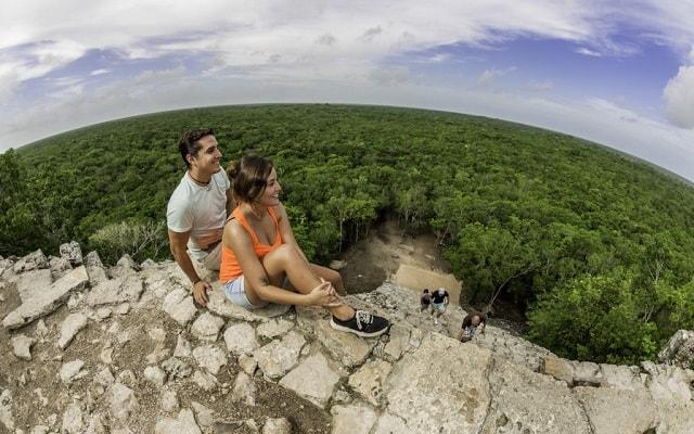 Tour a Cobá y Comunidad Maya con Actividades Extremas, tendrás vistas panorámicas