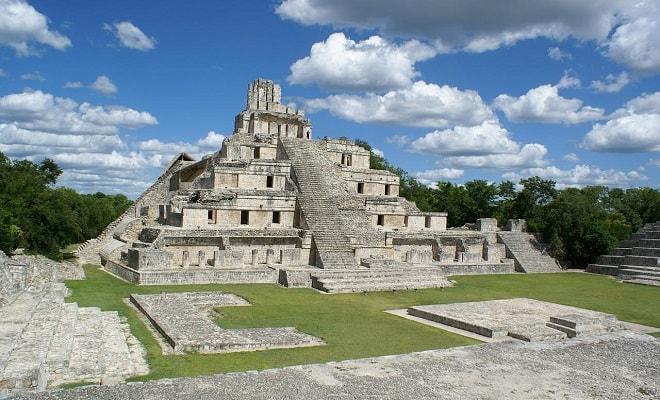 Tour a Edzná Zona Arqueológica