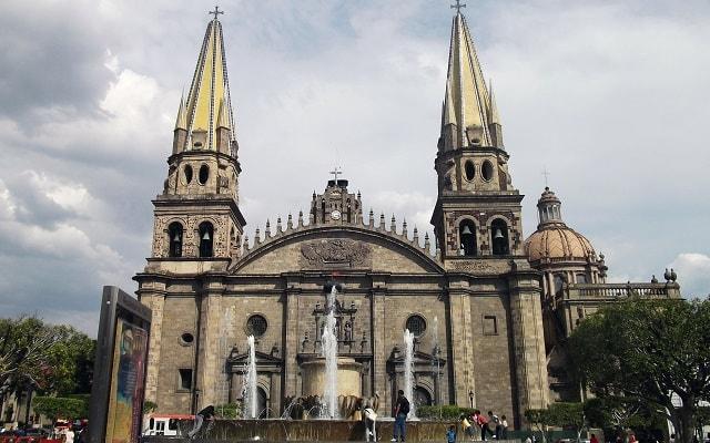 Tour a Guadalajara y Tlaquepaque, conocerás lugares emblemáticos de Guadalajara como la Catedral