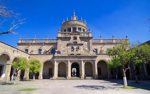 Tour a Guadalajara y Tlaquepaque, disfruta de la arquitectura del Teatro Cultural Cabañas