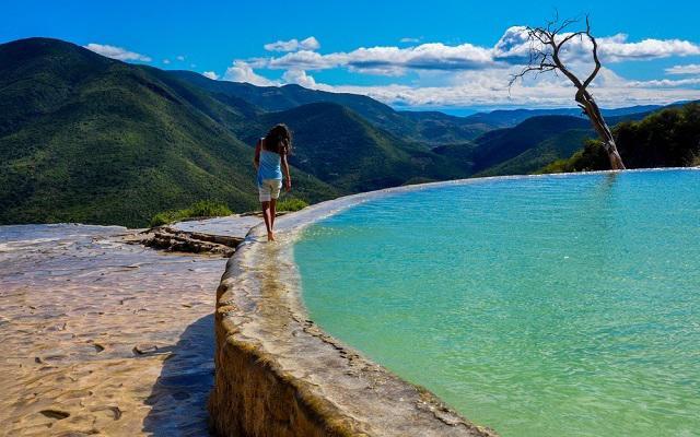 Tour a Hierve el Agua y Fábrica de Mezcal, tendrás tiempo libre para relajarte y nadar