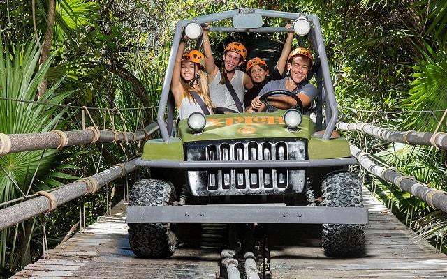 Tour a Parque Xplor Riviera Maya, Recorre la selva en vehículos anfibios