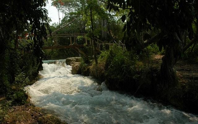 Tour a Salto Grande Candelaria Campeche, ubicado entre ríos