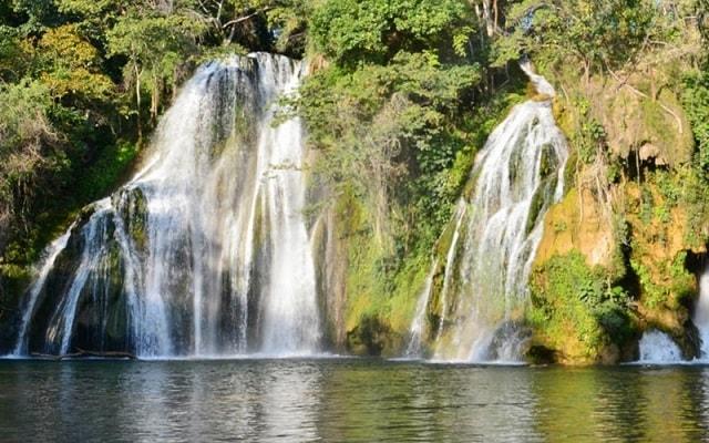 Tour a Tamasopo y Puente de Dios, vivirás un ambiente de tranquilidad en las cascadas Tamasopo
