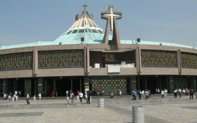 Tour a Teotihuacán, también existen opciones de tour que te permitirá conocer la Basílica de Guadalupe