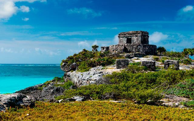 Tour a Tulum, Coba, Cenote La Gloria y Playa del Carmen, conoce más sobre la cultura maya