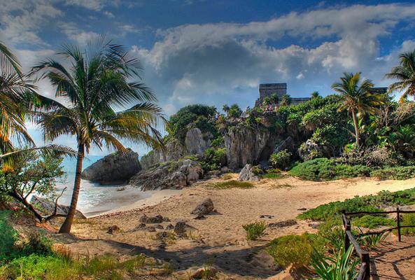 Tour a Tulum, Coba, Cenote La Gloria y Playa del Carmen en Cancún