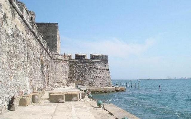 Tour al Acuario de Veracruz, Museo Naval y San Juan de Ulúa, tiene grandes acontecimientos de la historia de México