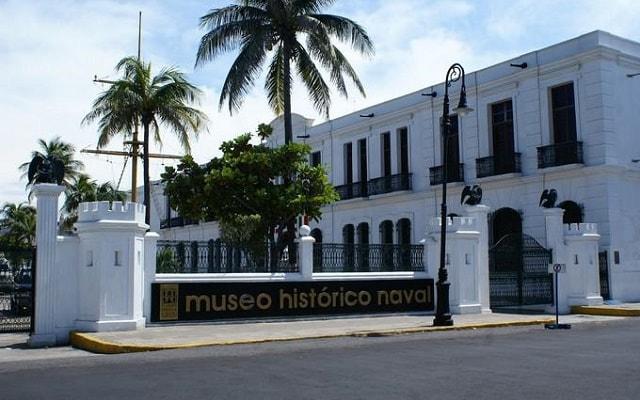 Tour al Acuario de Veracruz, Museo Naval y San Juan de Ulúa, fue la primera escuela naval militar