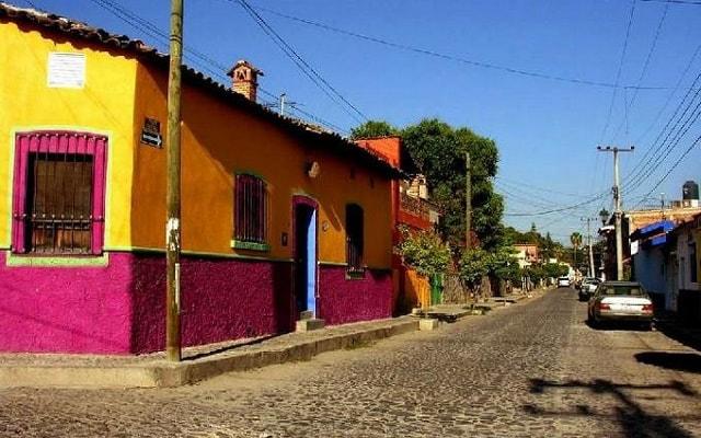 Tour al Lago de Chapala y Ajijic, calles empedradas y bella arquitectura