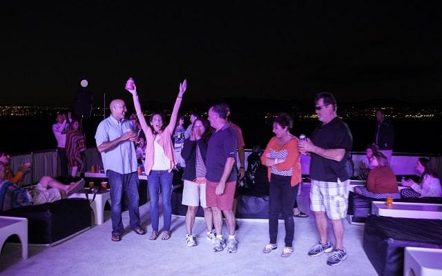 Tour Arco del Fin del Mundo, Música y Cena al Atardecer, para bailar
