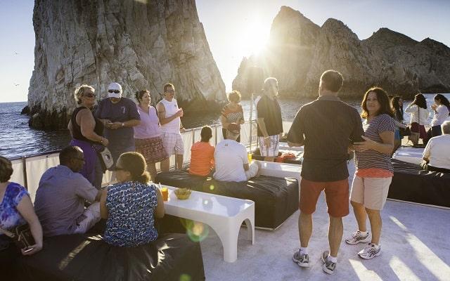 Tour Arco del Fin del Mundo, Música y Cena al Atardecer, conoce sitios emblemáticos
