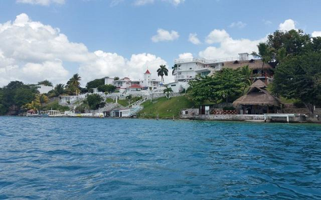 Conocerás el Cenote Esmeralda