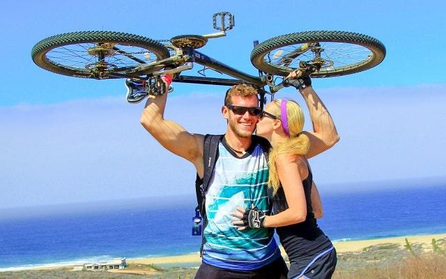 Tour en/ Bicicleta de Montaña por el Desierto de la Baja, un paseo muy divertido