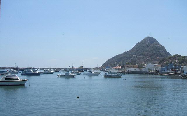Isla de la Piedra Mazatlán,  encontrarás varias actividades por realizar con costo adicional