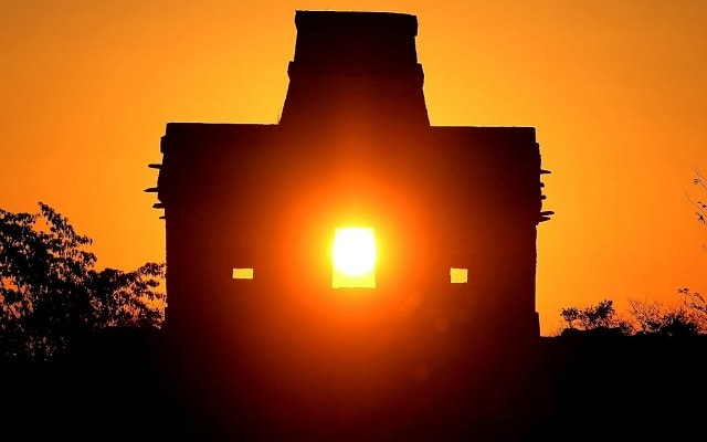Tour por Dzibilchaltún, Puerto Progreso y Dzityá Yucatán , zona arqueológica Templo del Sol