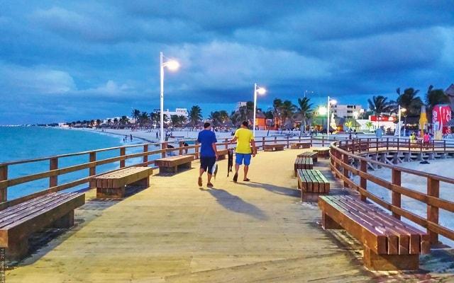 Tour por Dzibilchaltún, Puerto Progreso y Dzityá Yucatán, malecón de Puerto Progreso