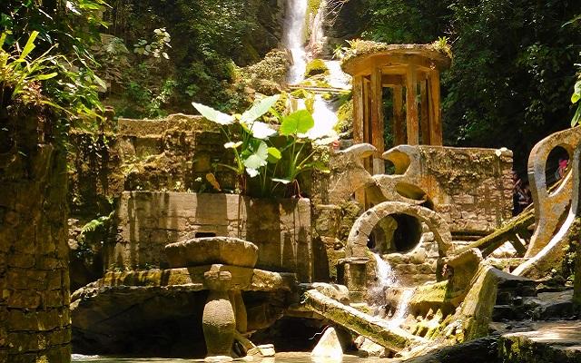 Tour por el Jardín Surrealista Xilitla y Sótano de las Huahuas, paisajes sorprendentes