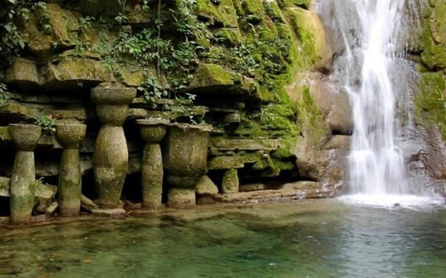 Tour por el Jardín Surrealista Xilitla y Sótano de las Huahuas, también podrás nadar en las pozas