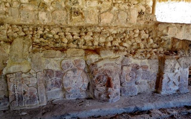 Tour por Hacienda Uayamón y Edzná, templo de los mascarones