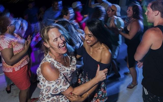 Tour por Los Cabos, Paseo en Catamarán y Cena, diversión