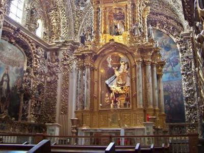 Iglesia Santa María - Tour Puebla y Cholula con Almuerzo