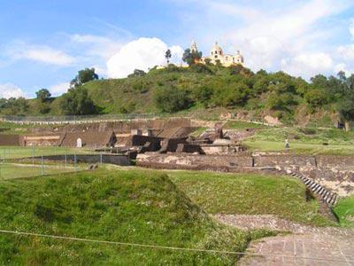 Zona arqueológica - Tour Puebla y Cholula con Almuerzo