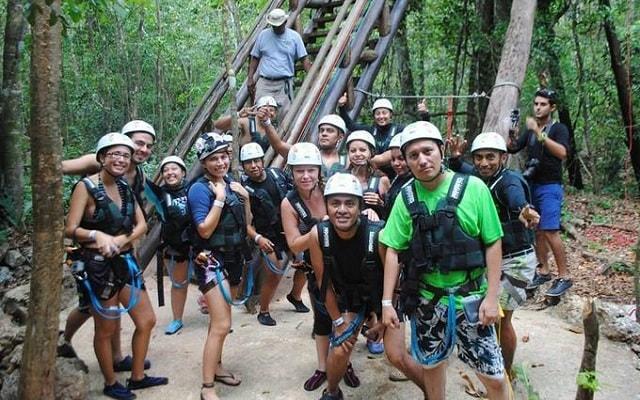 Tour Xenotes Oasis Maya, pasarás un gran día en un ambiente único