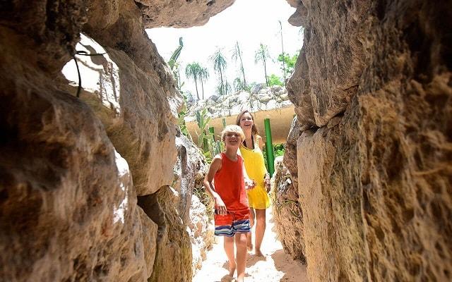 Tour Xenses, camina por cavernas debajo de la tierra en un Laberinto de Arterias Subterráneas