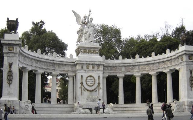 Turigo, visita la Alameda Central y el Hemiciclo a Juárez