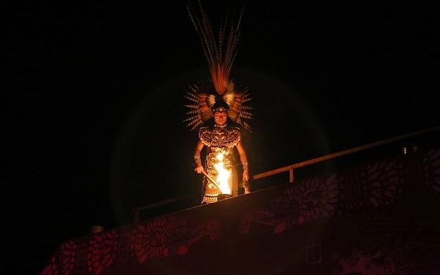 Turitour Teotihuacán de Noche, show prehispánico