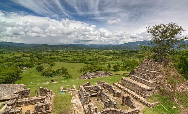 Zona Arqueológica de Toniná - Cascada el Corralito